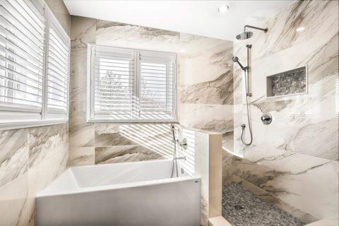 Carlysle Bathroom
